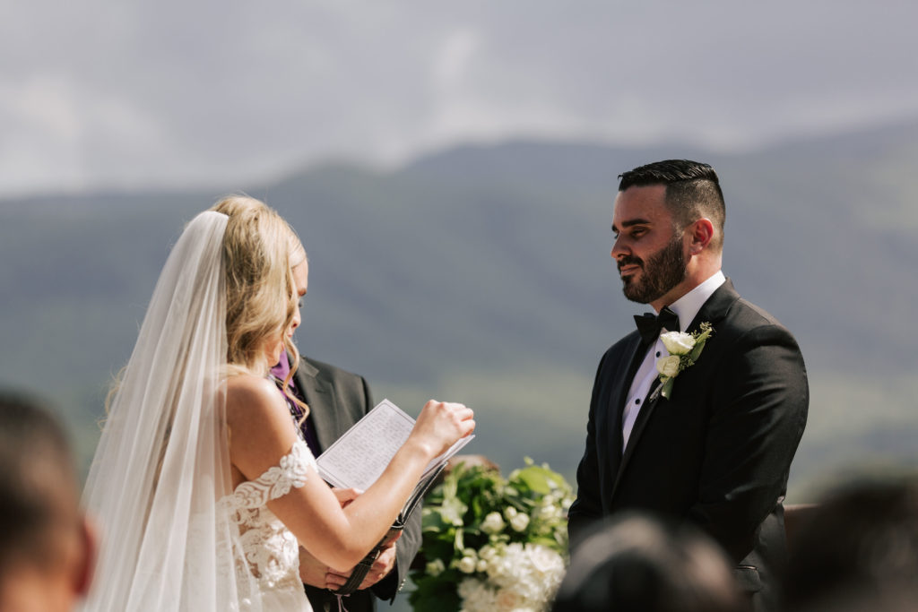 Bride & Groom outdoor ceremony | The Magnolia Venue | The Smoky Mountains | Photography by Miss Riss Photography