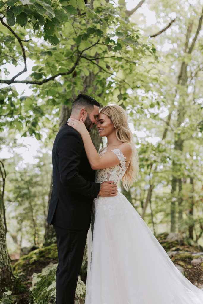 Couple Portrait | The Magnolia Venue | The Smoky Mountains | Photography by Miss Riss Photography
