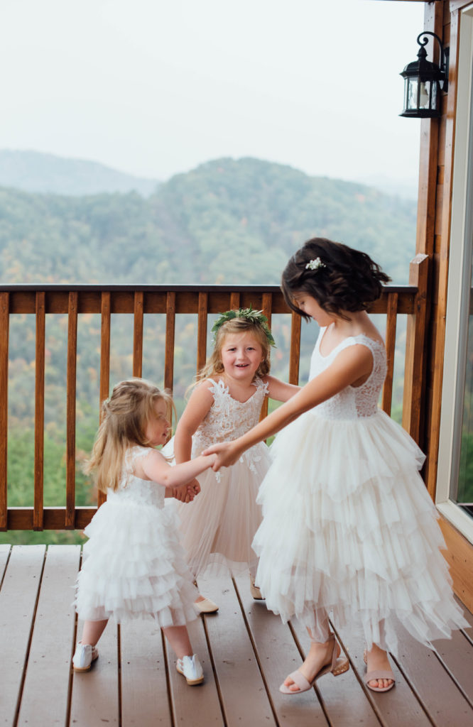 Flower Girls | The Magnolia Venue | Pigeon Forge, TN