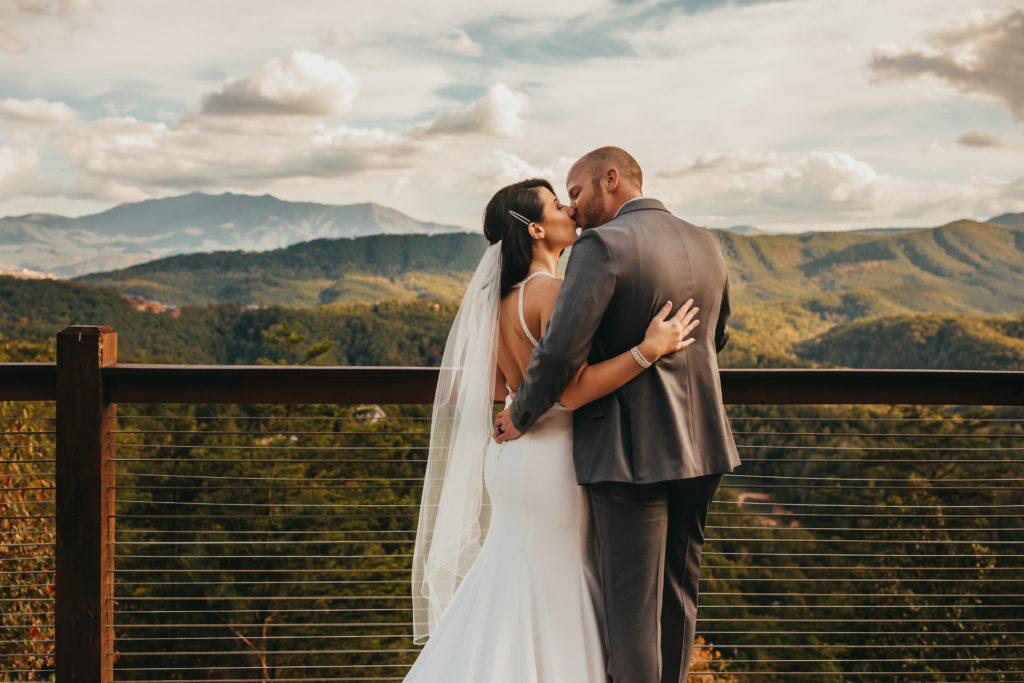 Couple Portrait | The Magnolia Venue | Lex poulakos photo| Custom Love Event Planning
