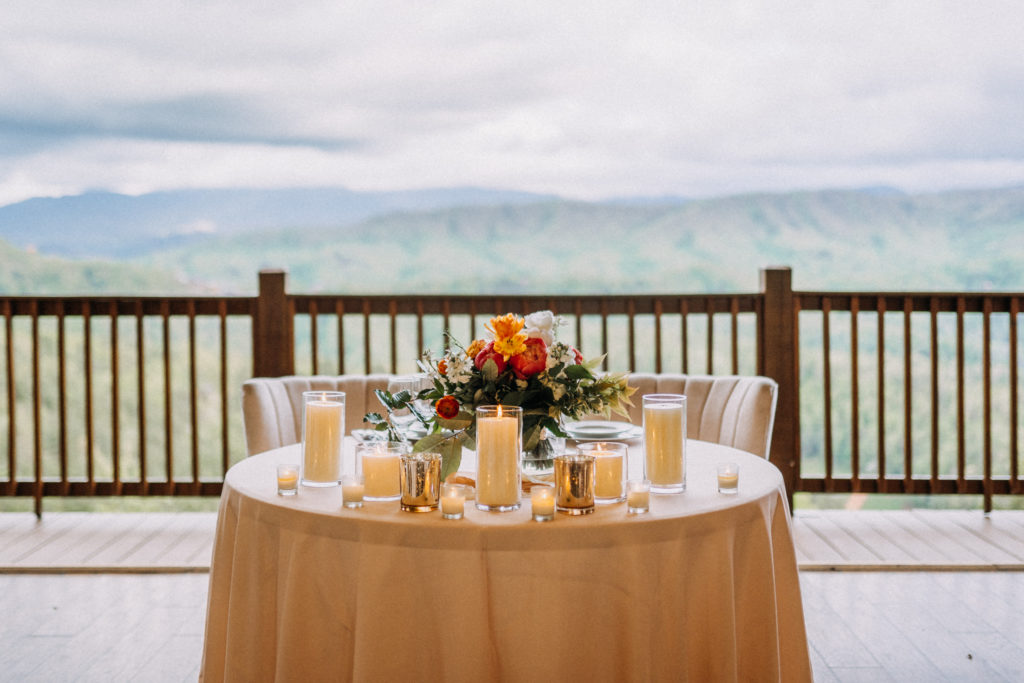 Sweetheart table | Table Decor | Elite Planning | The Magnolia Venue | Derek Halkett Photography