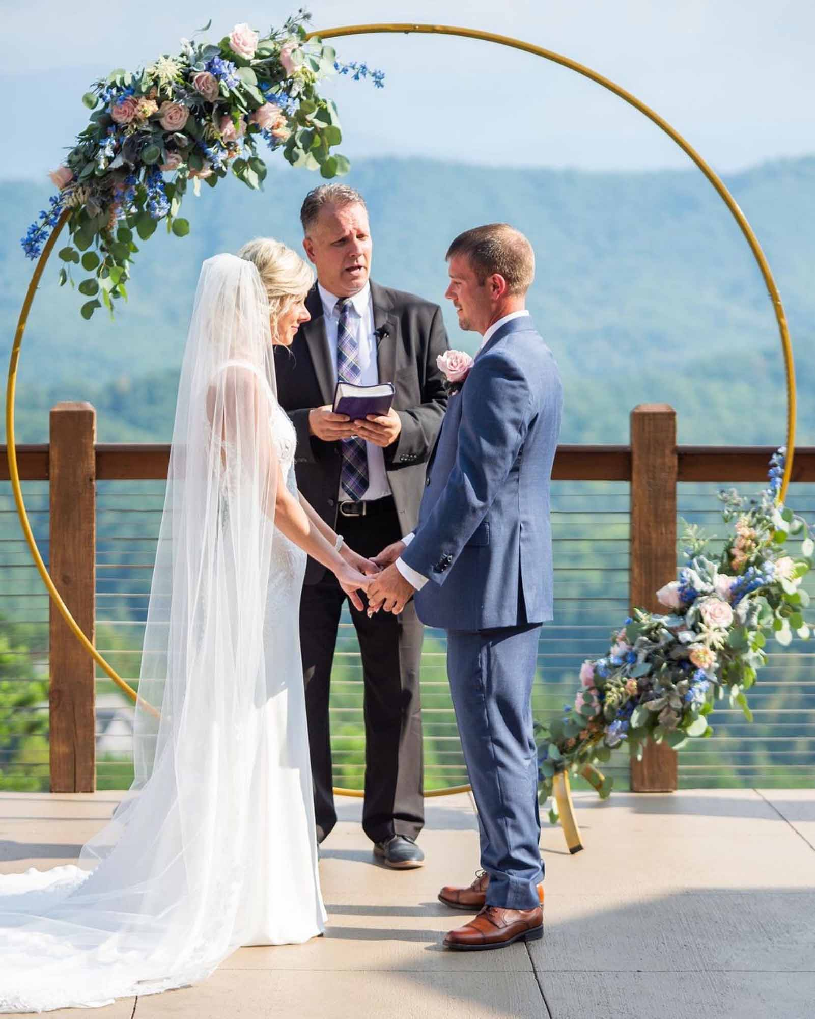 Circle Arch for Ceremony