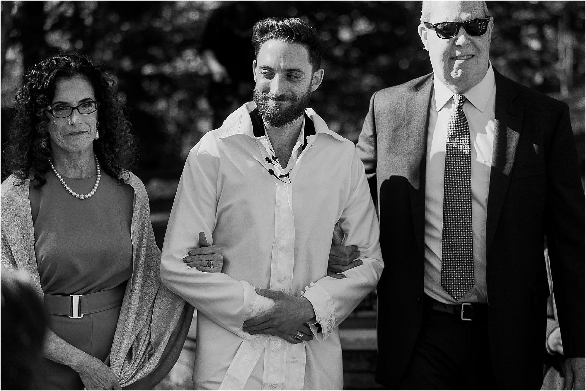 groom arriving at Jewish Wedding
